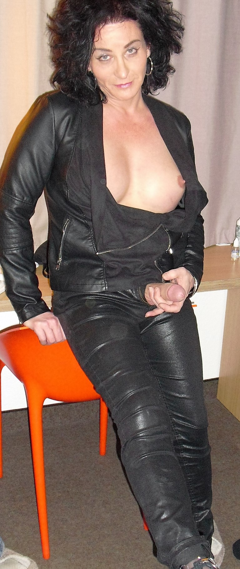 lactating escorts uk sissy